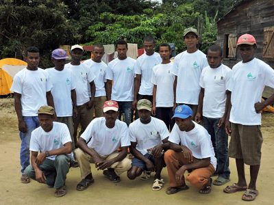 The Lemur Conservation Foundation has distributed LCF t-shirts for local forest police, staff of the Madagascar National Parks, and other local partners, so everyone on the team is easily identifiable as a united group.