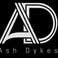 Mpianjoria malaza eran-tany Ash Dykes  eto Madagasikara